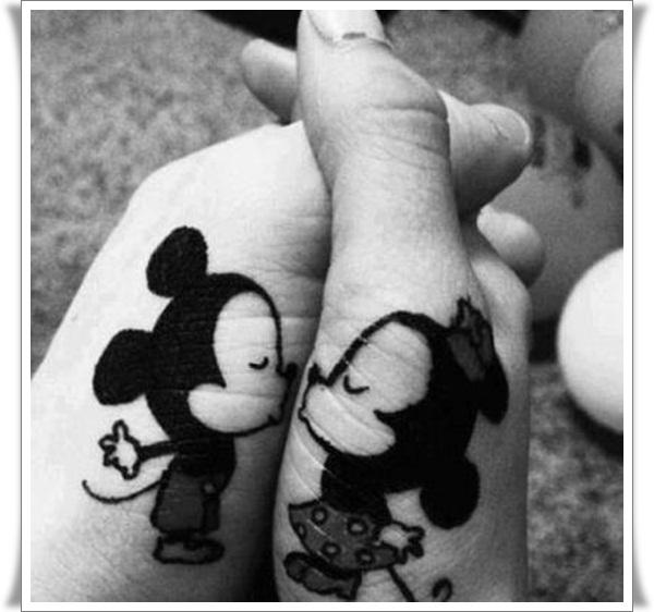 Finger Tattoos Designs (6)