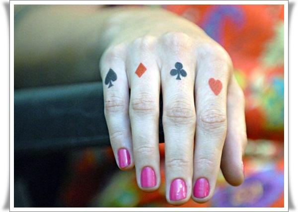 Finger Tattoos Designs (9)
