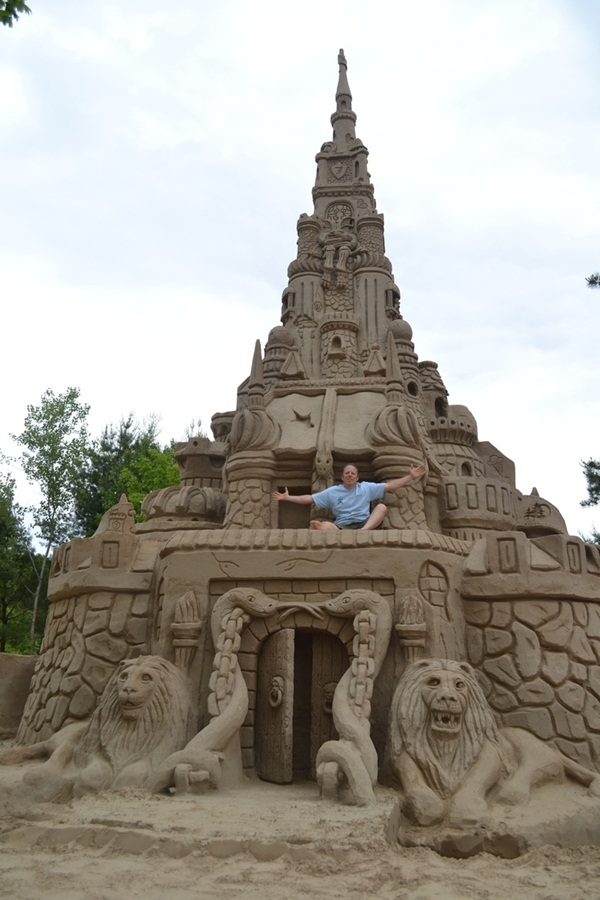 Stunning Examples of Sand Sculptures (13)