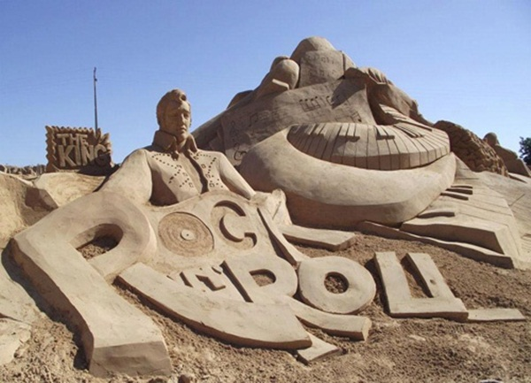 Stunning Examples of Sand Sculptures (14)
