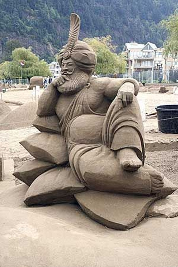 Stunning Examples of Sand Sculptures (15)