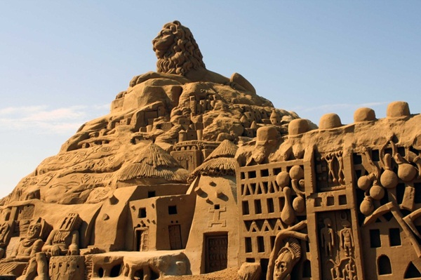 Stunning Examples of Sand Sculptures (18)