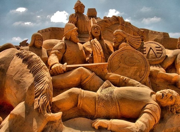 Stunning Examples of Sand Sculptures (19)