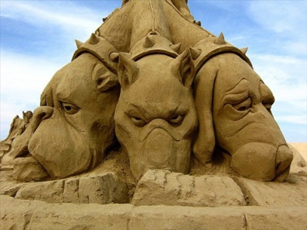 Stunning Examples of Sand Sculptures (2)
