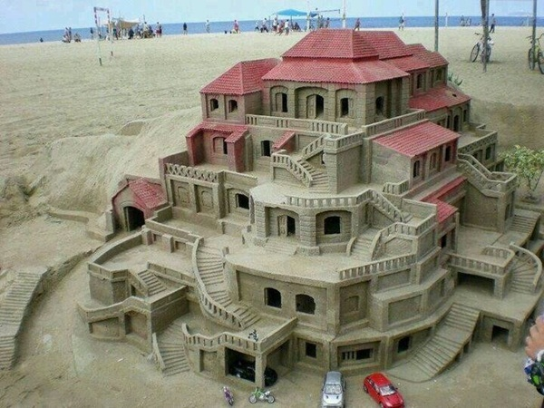 Stunning Examples of Sand Sculptures (22)