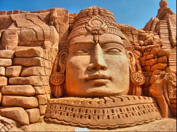 Stunning Examples of Sand Sculptures (27)