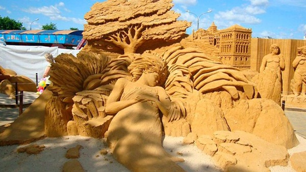 Stunning Examples of Sand Sculptures (30)