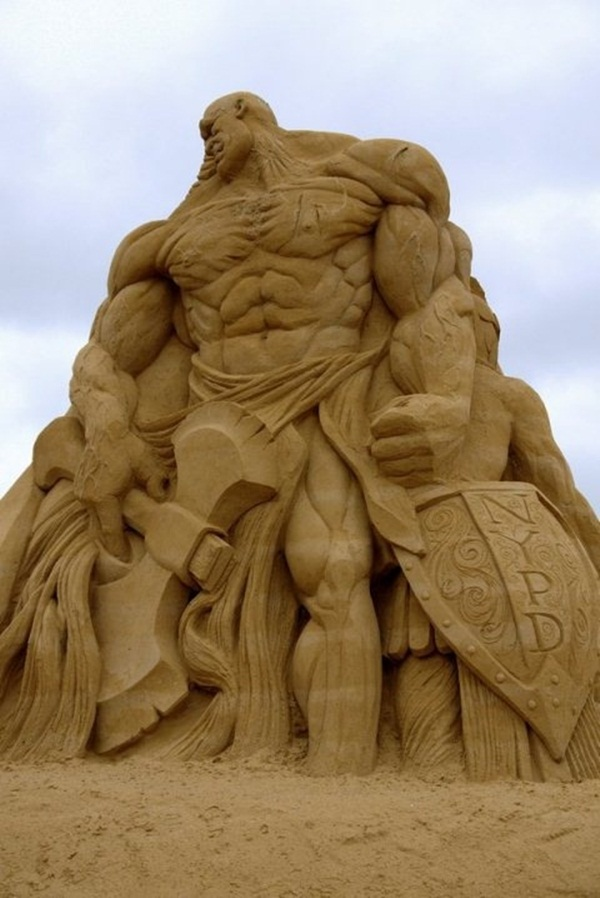 Stunning Examples of Sand Sculptures (31)