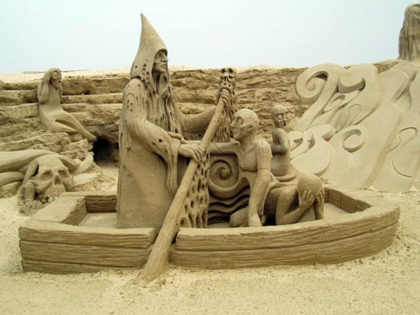Stunning Examples of Sand Sculptures (33)
