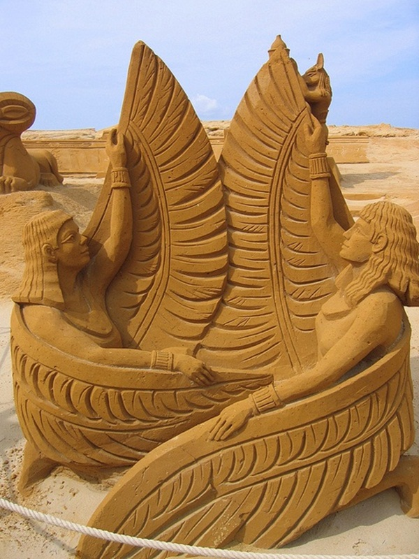 Stunning Examples of Sand Sculptures (34)