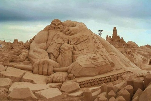 Stunning Examples of Sand Sculptures (43)