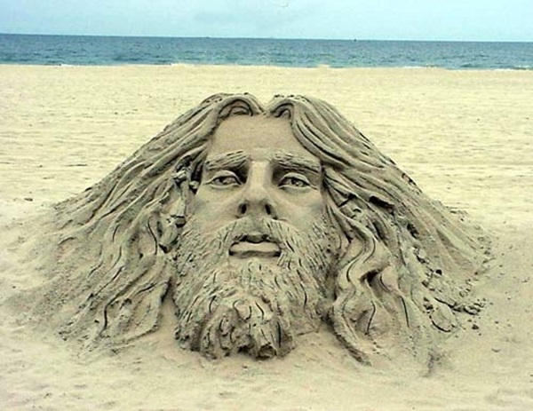 Stunning Examples of Sand Sculptures (50)