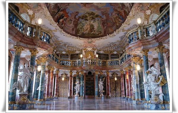 World's Most Beautiful Libraries (12)