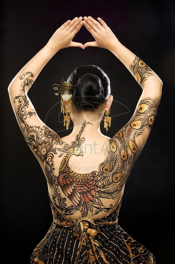 http://ikie.deviantart.com/art/batik-peacock-1-90296963