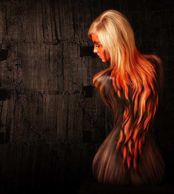 http://free0ne.deviantart.com/art/Flame-106111638
