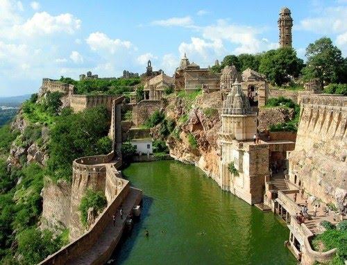 chittorgqarh fort india