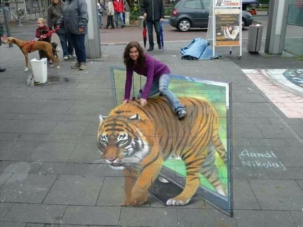 Creative Chalk Art Examples (1)