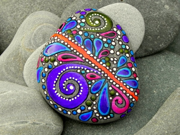 Pictures of painted rocks (15)