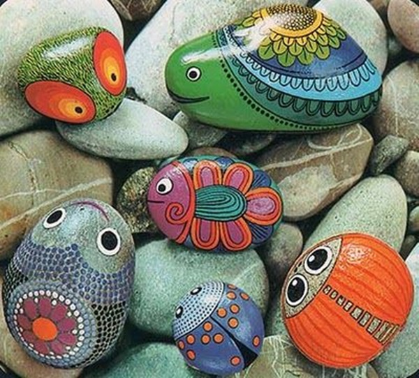 Pictures of painted rocks (16)