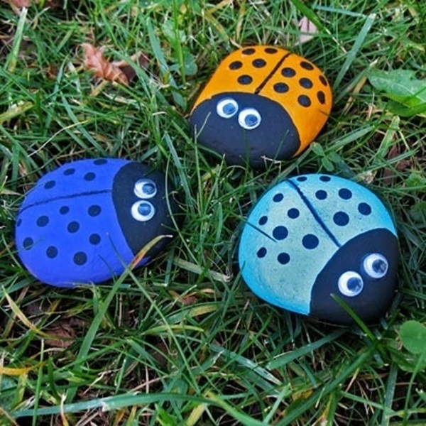 Pictures of painted rocks (2)