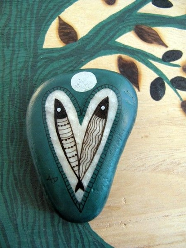 Pictures of painted rocks (26)