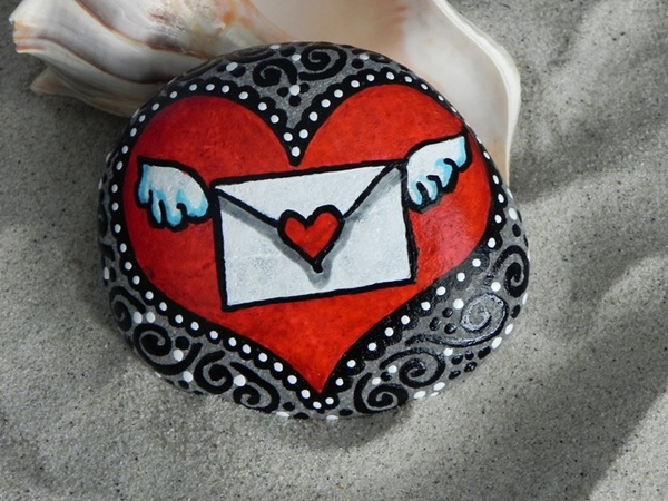 Pictures of painted rocks (29)