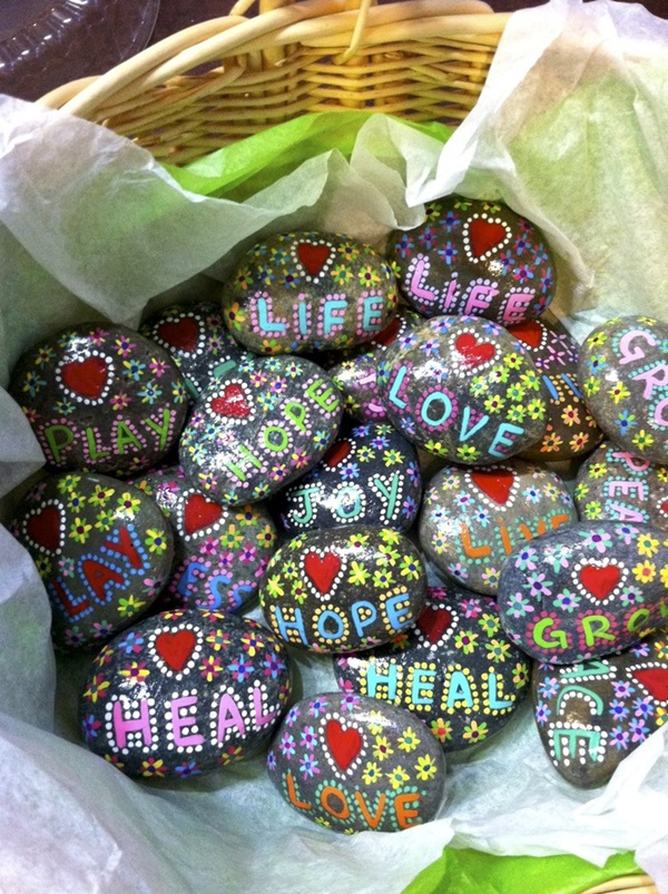 Pictures of painted rocks (38)