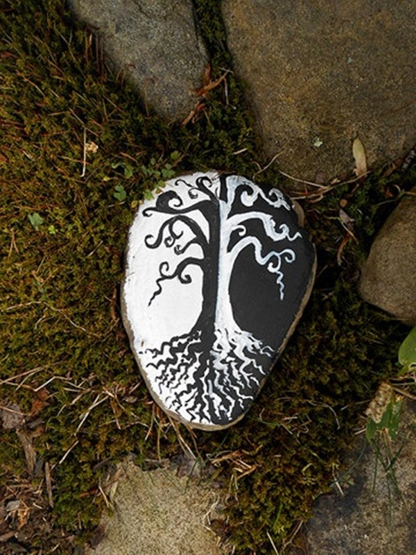 Pictures of painted rocks (41)
