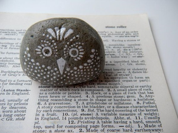 Pictures of painted rocks (8)