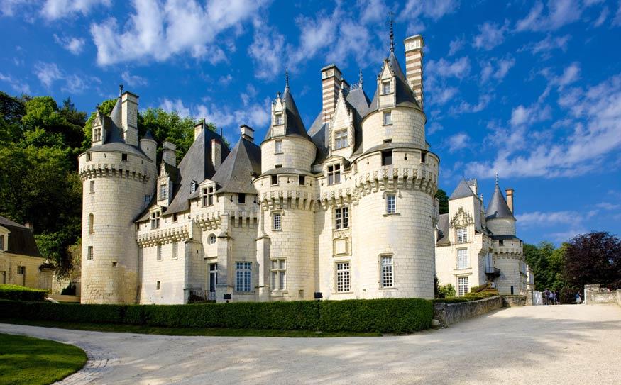 sleeping beauty castle france