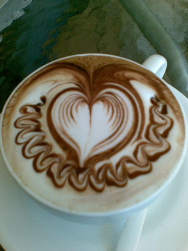 Beautiful coffee art examples (99)