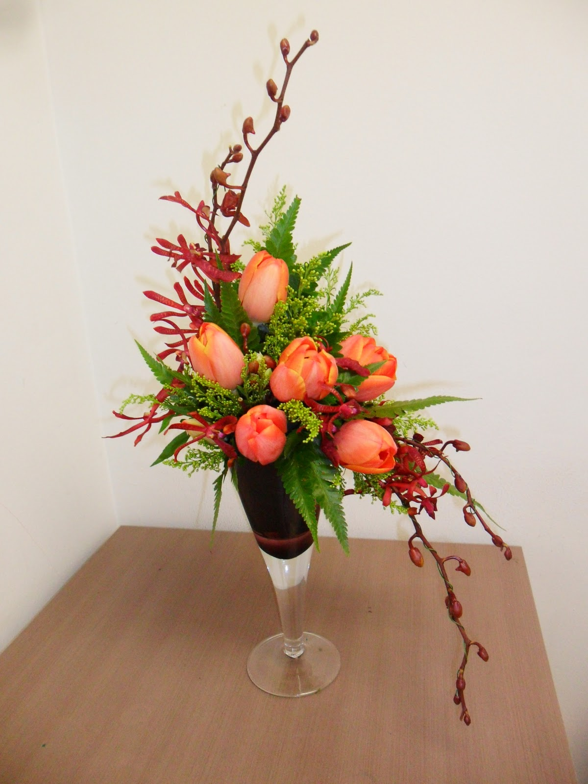 tradiotional flower arrangement 2