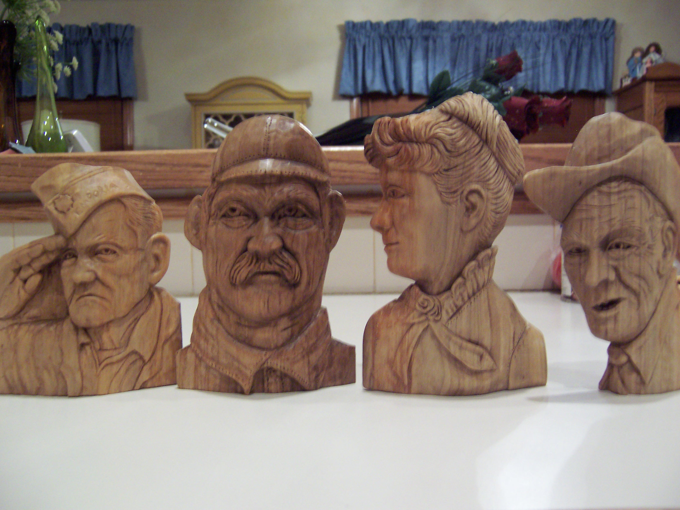 woodcarvings 37