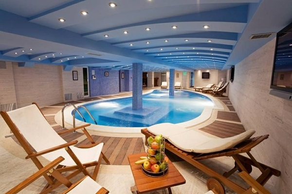 Ridiculously Cool Indoor Pool Ideas (9)