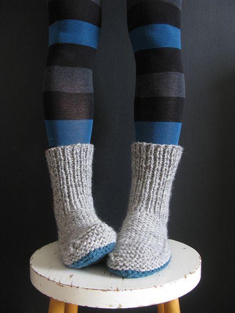 knitting garments 18