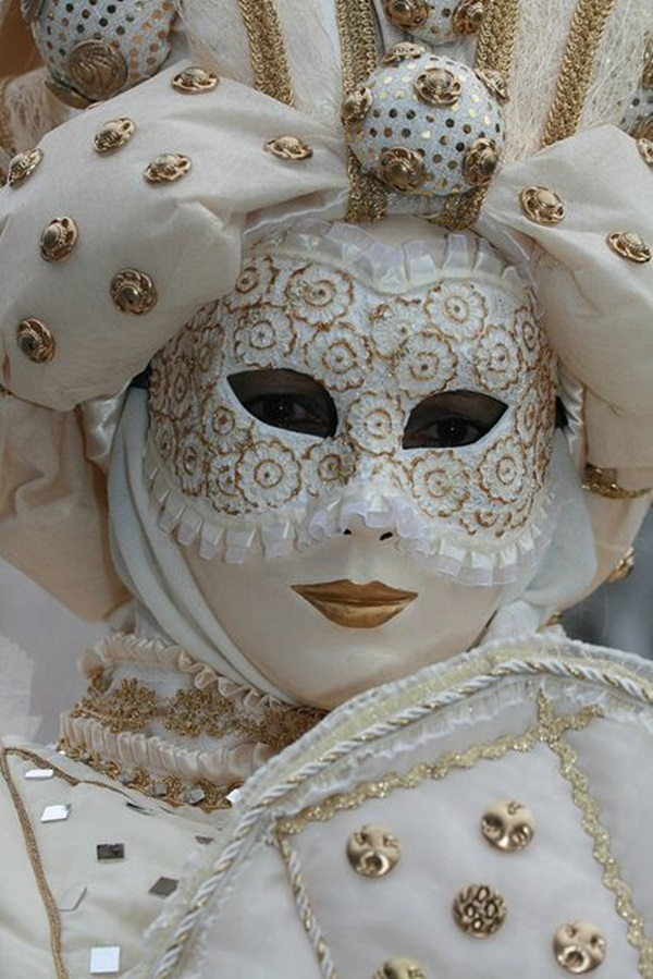 Beautiful Carnivale Masks and Meaning (13)