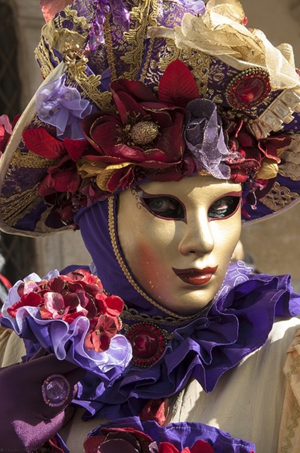 Beautiful Carnivale Masks and Meaning (18)