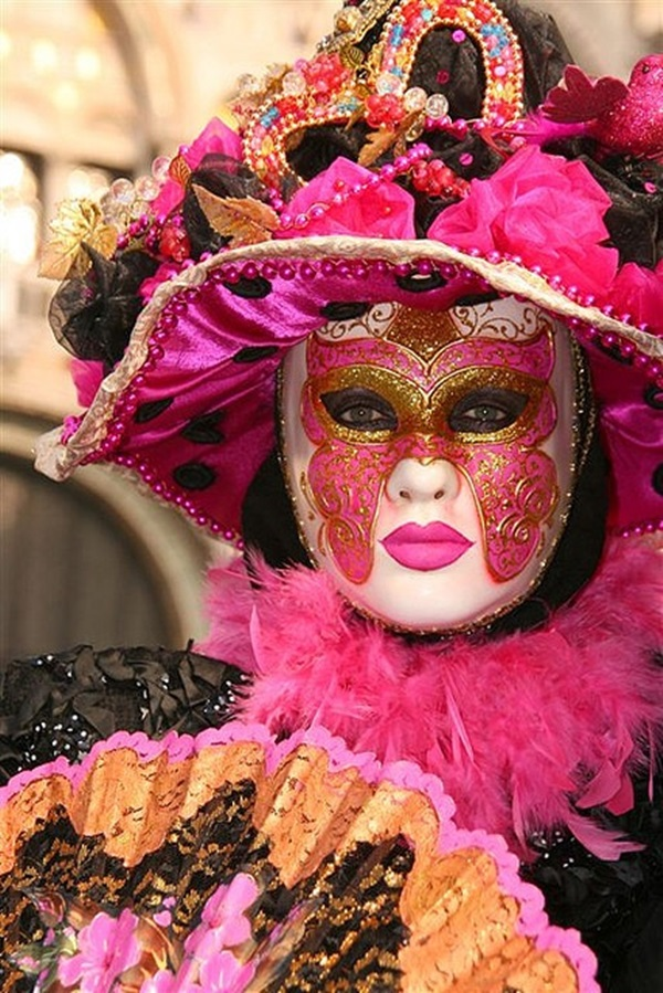 Beautiful Carnivale Masks and Meaning (2)