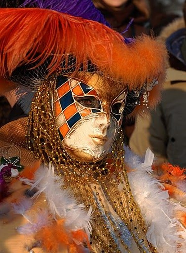 Beautiful Carnivale Masks and Meaning (26)