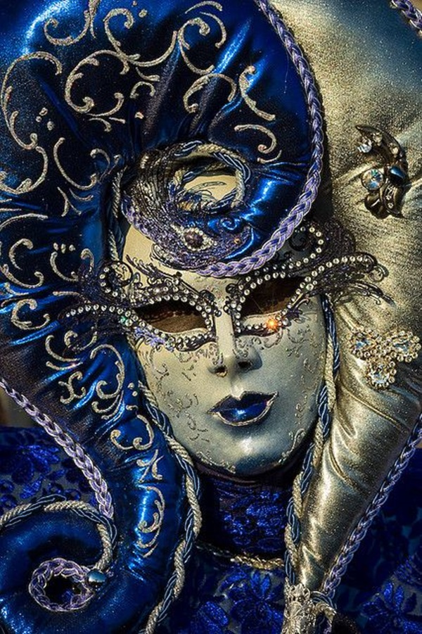 Beautiful Carnivale Masks and Meaning (28)