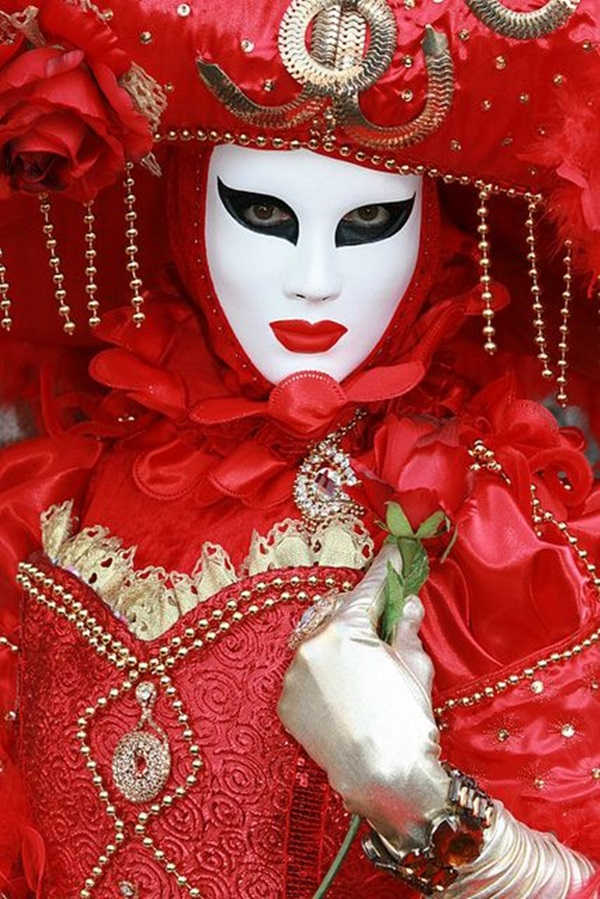 Beautiful Carnivale Masks and Meaning (32)