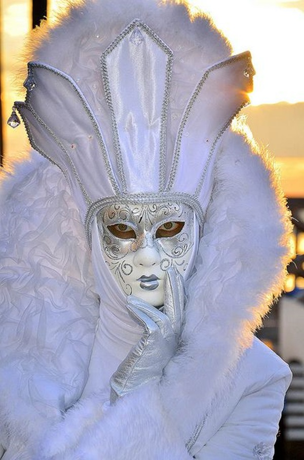 Beautiful Carnivale Masks and Meaning (38)
