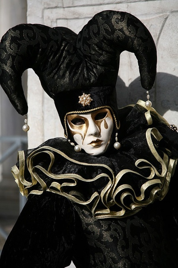 Beautiful Carnivale Masks and Meaning (40)