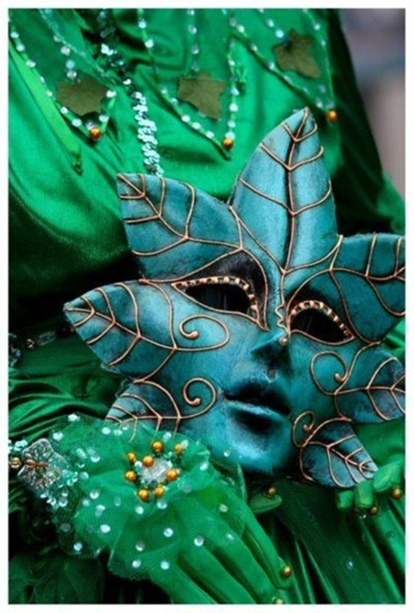 Beautiful Carnivale Masks and Meaning (42)