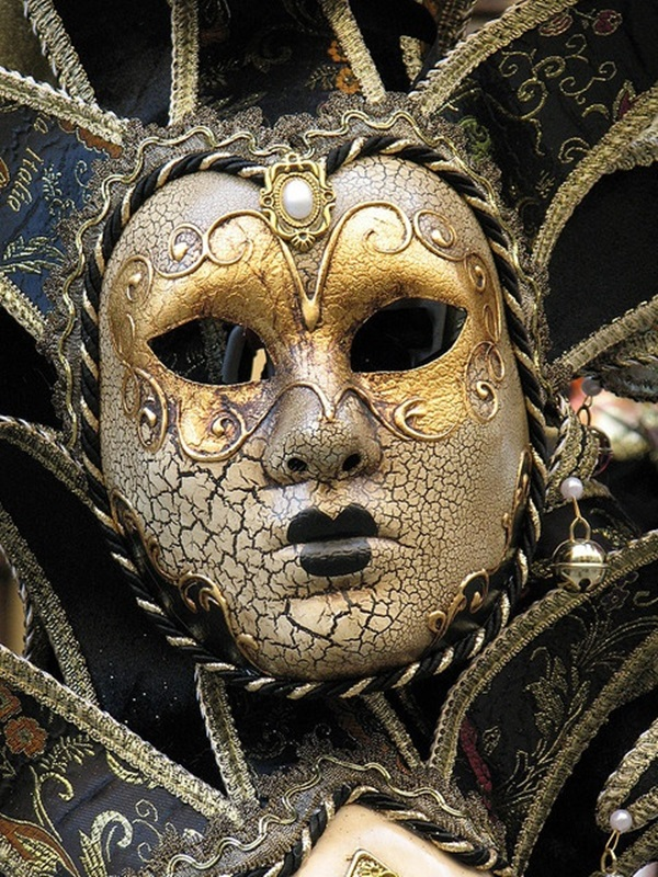 Beautiful Carnivale Masks and Meaning (45)