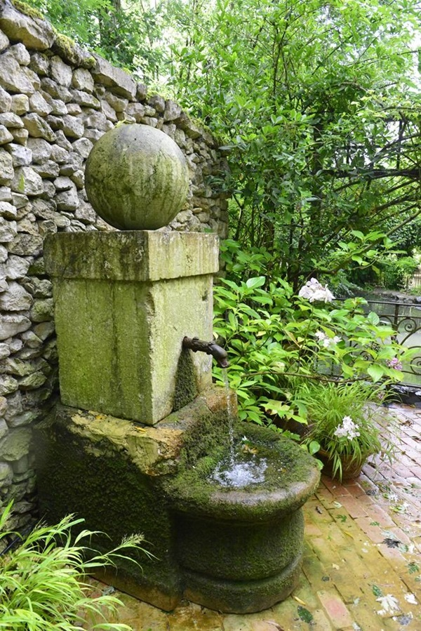 Beautiful Garden Fountain ideas (24)
