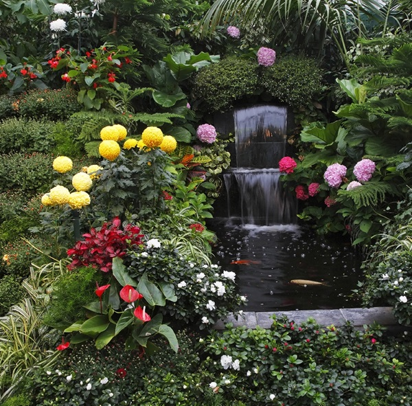 Beautiful Garden Fountain ideas (38)