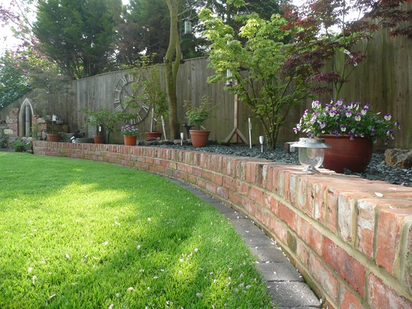 Cool Garden Edging Ideas (23)