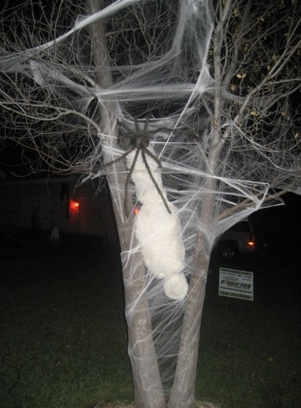 Scary Halloween Decoration Ideas to try this Year (10)