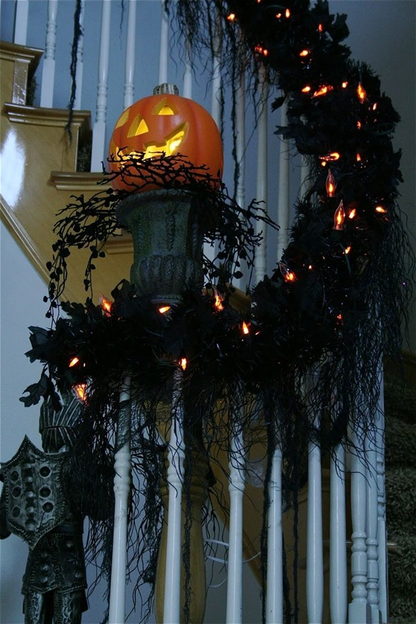 Scary Halloween Decoration Ideas to try this Year (11)